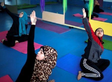 Apre il primo centro di yoga femminile alle porte di Gaza